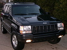 Marvelous A Deep Slate 1998 Grand Cherokee 5.9 L (Note Hood Louvers And Mesh Grille  Inserts)