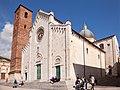 Pietrasanta Duomo.jpg