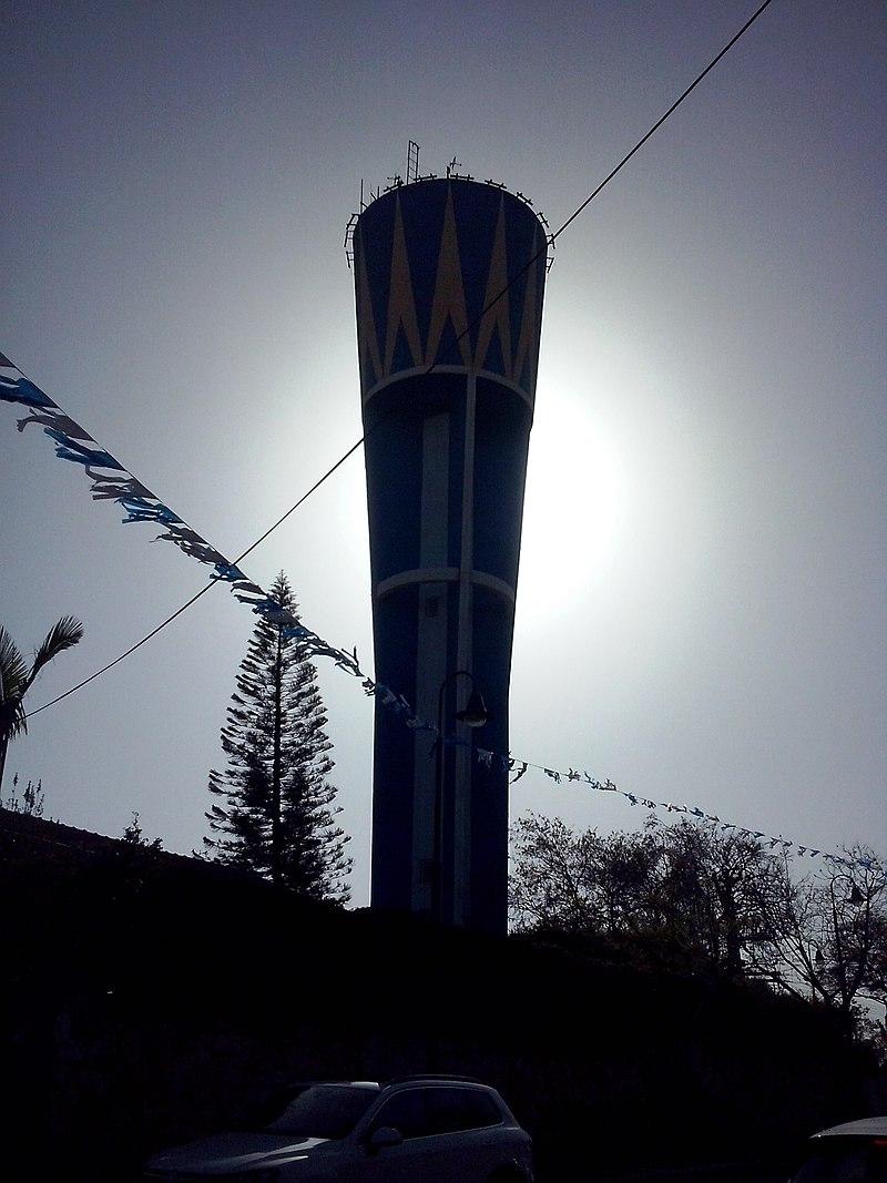 צללית מגדל המים בגבעת מיכאל
