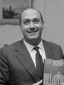 Pinchas Lapide (1967).jpg