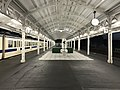 Platform of Shimonoseki Station at night 3.jpg