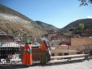 Real de Catorce - Huichol women in the Plaza Hidalgo