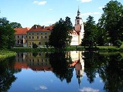 Pocyterski Zespół Klasztorno-Pałacowy w Rudach.JPG