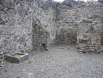 Pompeii building 6.jpg