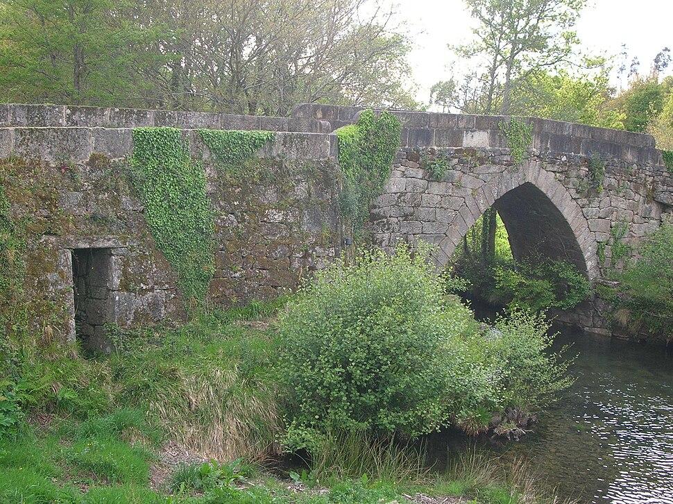 Ponte do sobre o Almofrei, Borela, Cotobade