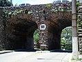Portão de pedra na Ladeira do Leme 2.jpg