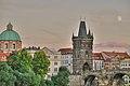 Praga - HDR - La luna sorride a Ponte Karl - panoramio.jpg