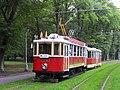 Praha, Bubeneč, smyčka Výstaviště, tramvaje č. 2210+1530 (03).jpg