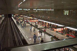 Muzeum (Prague Metro) - Line C hall