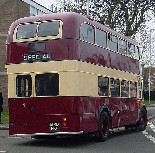 File:Preserved Reading Corporation bus 4 (MRD 147) 1956 AEC Regent III Park Royal, Wokingham Road terminus, 2 April 2011.jpg
