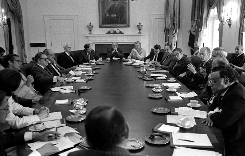 President Gerald Ford meets with his Cabinet June 25 - 1975.jpg