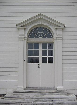 Fanlight - Image: Priestley Door