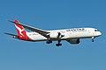 Qantas Boeing 787-9 VH-ZNA (40626785014).jpg