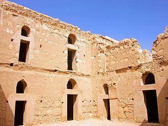 Qasr Al-Kharanah - The courtyard