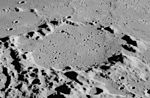 Réaumur crater AS16-M-0842.jpg