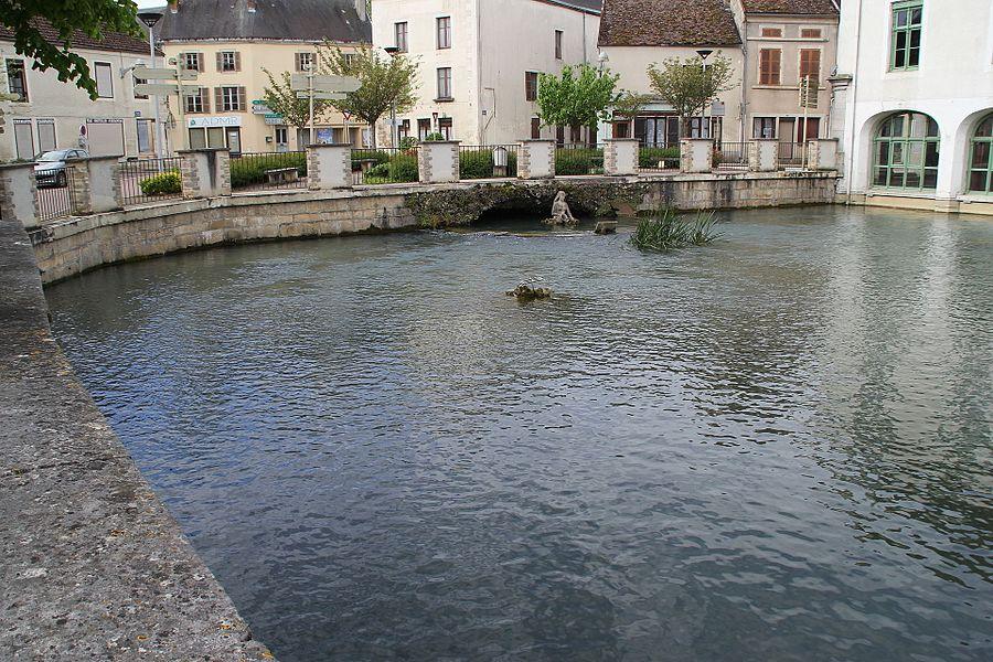 Résurgence de la Laigne in Laignes, France