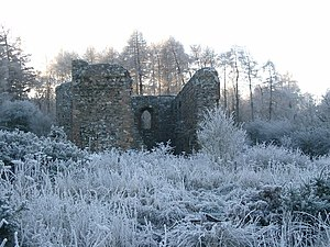Rait Castle - Runis of Rait Castle in winter