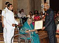 Ram Nath Kovind presenting the Nari Shakti Puruskar for the year 2017 to Dr. Sindhutai Sapkal, Pune, Maharashtra, at a function, on the occasion of the International Women's Day, at Rashtrapati Bhavan, in New Delhi.jpg