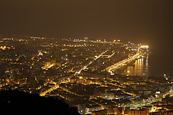 Reggio Calabria-veduta notturna.jpg