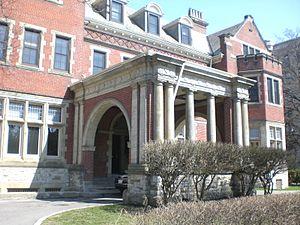 Regis College, Toronto