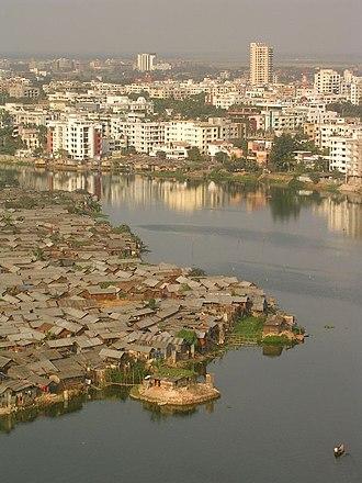 Slum - Image: Riverside slum in Bangladesh