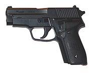 SIG-P228-p1030033