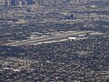 SMO SANTA MONICA AIRPORT ÇA FROM 767 C-GHPE AIR CANADA FLIGHT LAX-YVR (16570489953).jpg