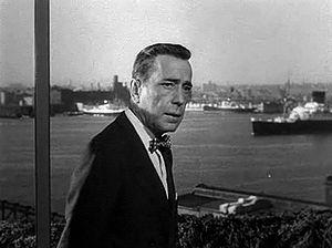 English: Screenshot of Humphrey Bogart from th...
