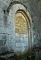 Saint-Amand-de-Coly église portail muré.JPG