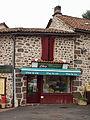 Saint-Chamant-FR-15-épicerie-3.jpg