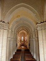 Saintes (17) Basilique Saint-Eutrope Intérieur 03.JPG