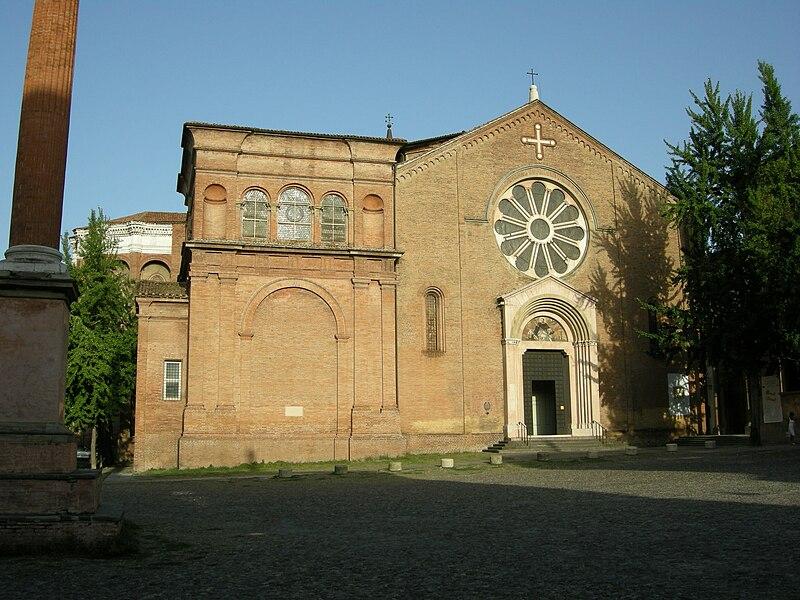 Plik: San Domenico, Bolonia, facciata.jpg