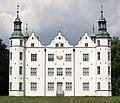 Schloss Ahrensburg, Südfassade.JPG