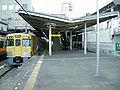 Seibu-railway-Kokubunji-station-platform-5.jpg