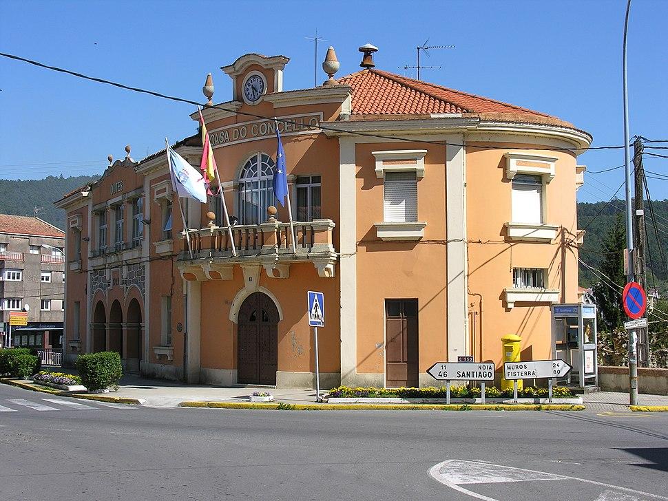 Serra de Outes Casa do concello