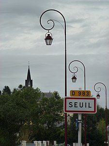 Seuil (Ardennes) city limit sign.JPG