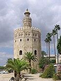 La Torre del Oro fue construida en el siglo XIII por orden del gobernador Abù l-Ulà.