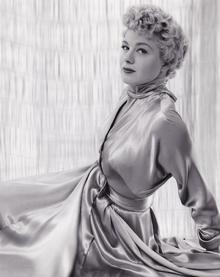 Shelley Winters fotografata da John Engstead nel 1950