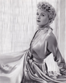 Shelley Winters by John Engstead.png
