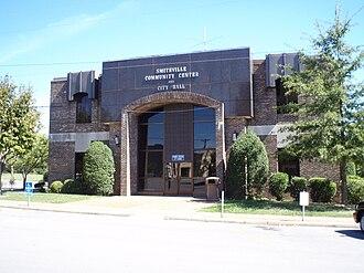 Smithville, Tennessee - Image: Smithville tn city hall
