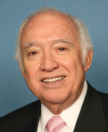 Solomon Ortiz 111th congressional portrait.jpg