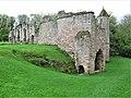Spofforth Castle (geograph 5754182).jpg