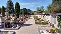 Stadtfriedhof Oberndorf, rechte Seite.jpg