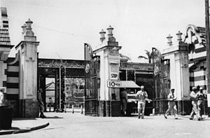 Eagle Farm Racecourse and Ascot railway station - American servicemen at the gates of Eagle Farm Racecourse, circa 1942