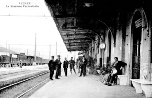 Carrara-Avenza railway station - View of the first shelter of the station in 1800