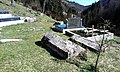 Stećci na lokalnom groblju - panoramio (1).jpg