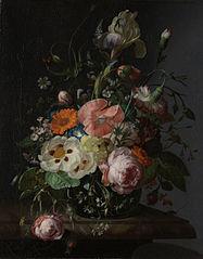 Nature morte avec fleurs sur une table de marbre