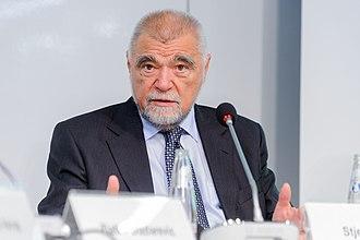 Stjepan Mesić - Image: Stjepan Mesic (2)