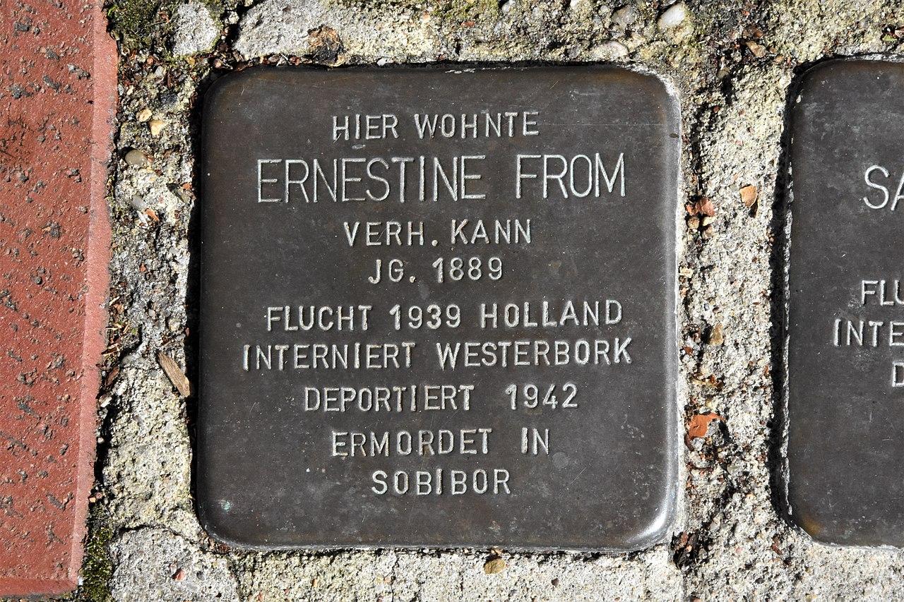 Stolperstein für Ernestine From