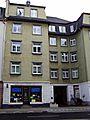 Stolpersteinlage Höhenstraße 18.jpg